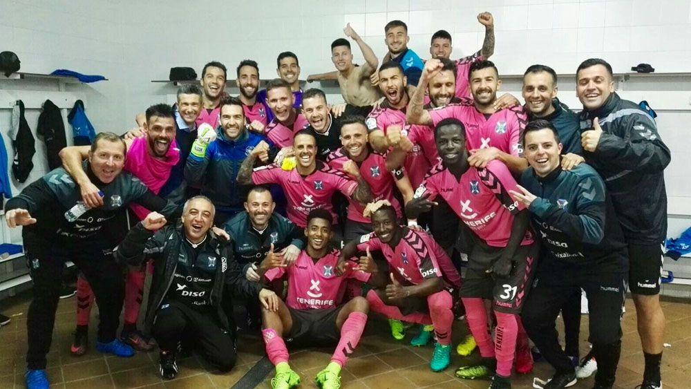Felicidad máxima entre los futbolistas del CD Tenerife