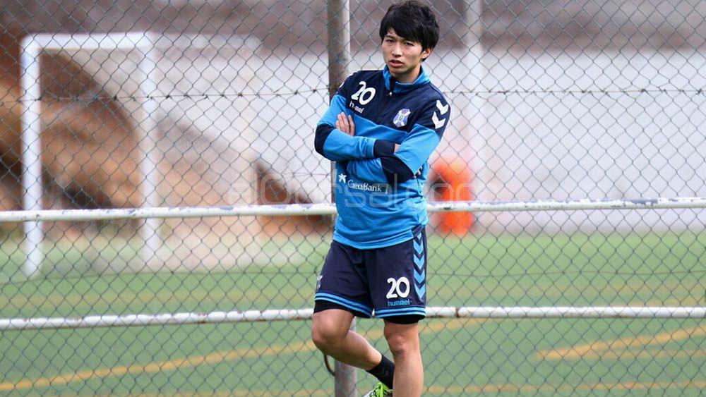 Gaku Shibasaki vuelve a tocar balón con el CD Tenerife