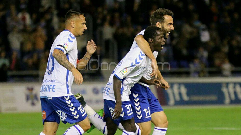 El CD Tenerife, a por la victoria más importante hasta el momento