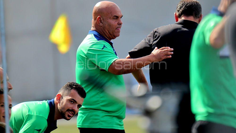 """Ayala: """"La UDG Tenerife ha dejado casi atada la clasificación para la Copa de la Reina"""""""