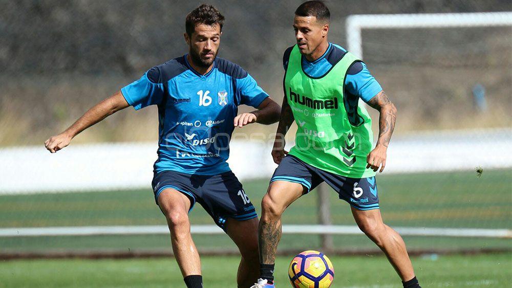 Aitor y Vitolo, compenetración en favor del CD Tenerife