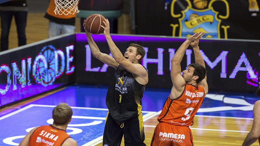 La batalla entre los mejores de la Liga Endesa, Iberostar Tenerife y Valencia Basket