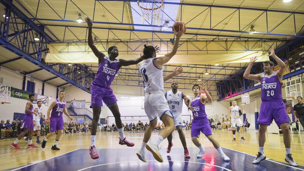 El Naútico Tenerife, a mantener vivo el sueño del playoff