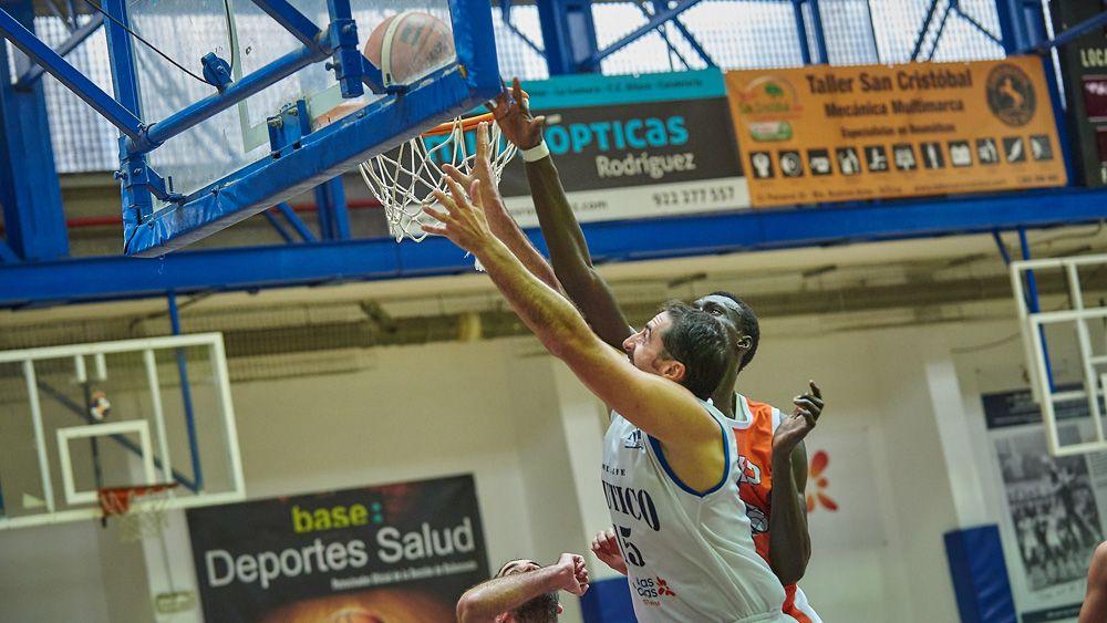 El Náutico Tenerife busca sumar su segunda victoria consecutiva lejos del Pabellón de la Avenida Anaga