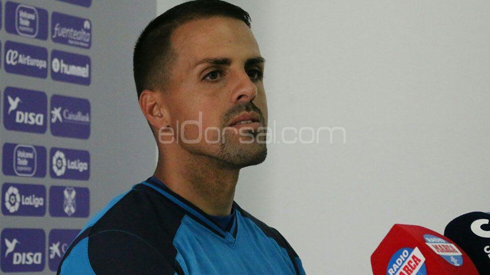 """Vitolo: """"Es un orgullo poder cumplir 200 partidos en el CD Tenerife, y voy a por más"""""""