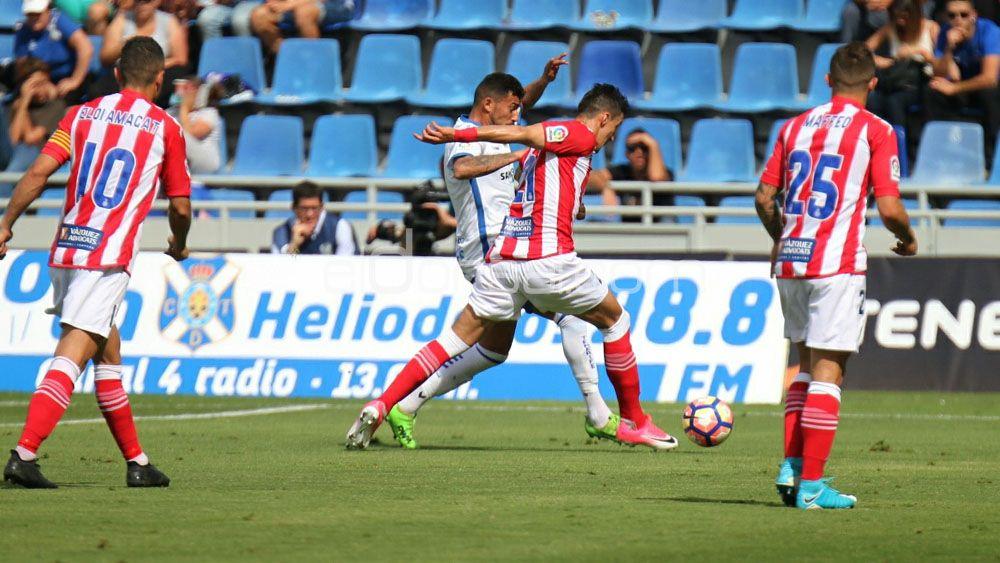 Alberto, elegido MVP por la afición del CD Tenerife