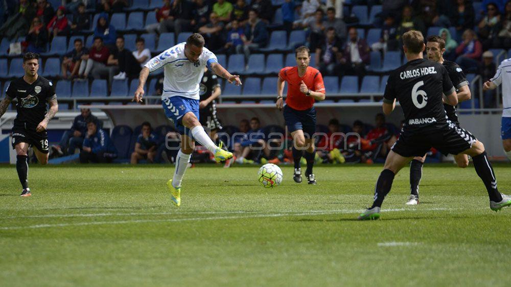 Una sola victoria del CD Tenerife ante el CD Lugo en el Heliodoro en el presente milenio