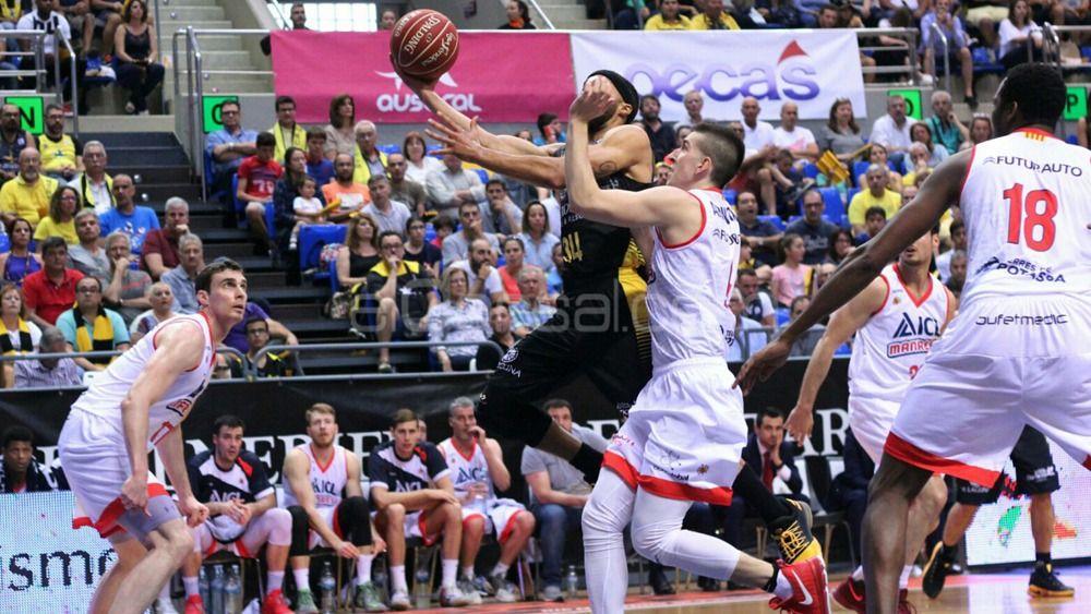 Iberostar Tenerife despide la fase regular con una abultada victoria