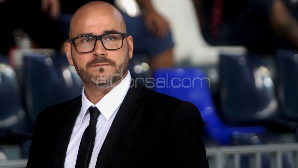 Óscar García Póveda deja de ser técnico del Tenerife Iberia Toscal