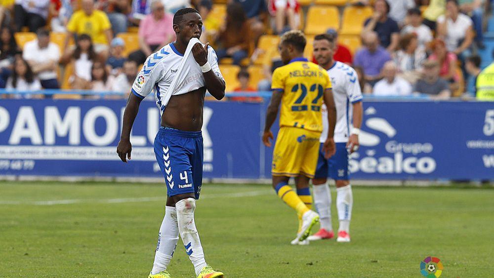 Samuel Camille, baja para el CD Tenerife – Nàstic