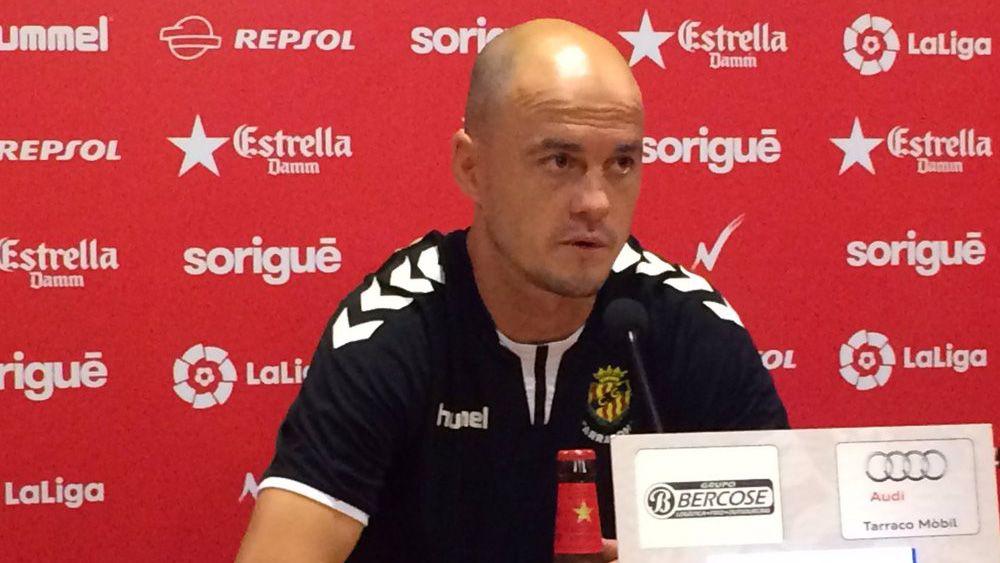 """Nano Rivas: """"El CD Tenerife es un equipo muy completo, por eso está donde está"""""""
