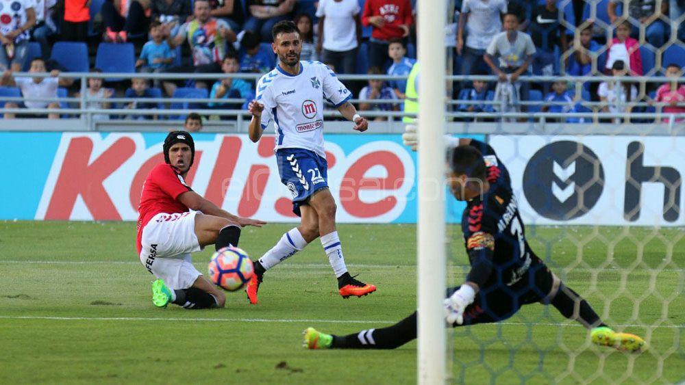Las ocasiones más claras del CD Tenerife frente al Nástic