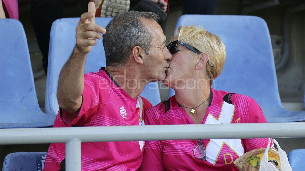 En las buenas y en las malas, enamorados del CD Tenerife