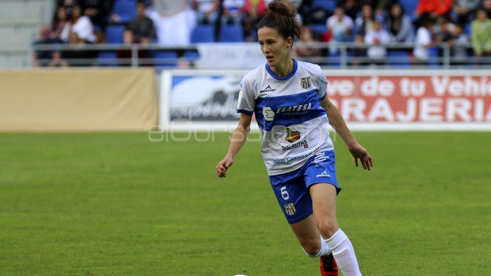 Eva Llamas renueva su compromiso con la UDG Tenerife
