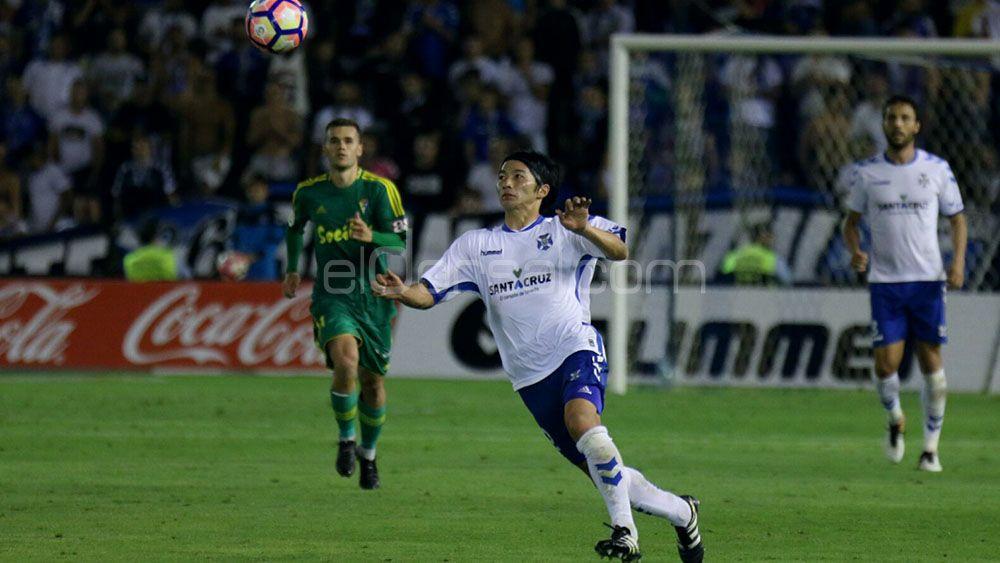 Gaku Shibasaki, el mejor del CD Tenerife ante el Cádiz