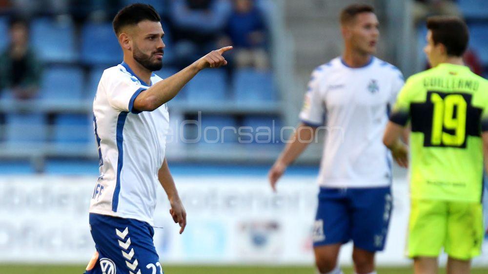 Tayron, el cedido con mayores opciones de continuar en el CD Tenerife