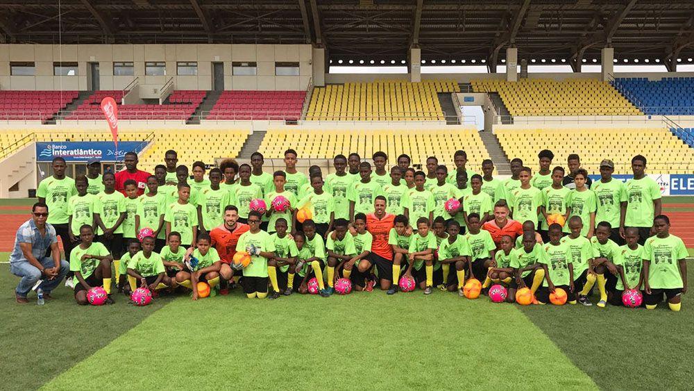 Unos 60 niños y jóvenes de Cabo Verde se benefician del Campus Internacional 'Amigos de Vitolo'