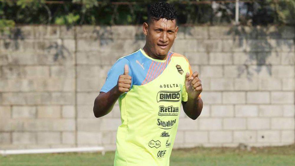 La despedida de Bryan Acosta antes de llegar al CD Tenerife