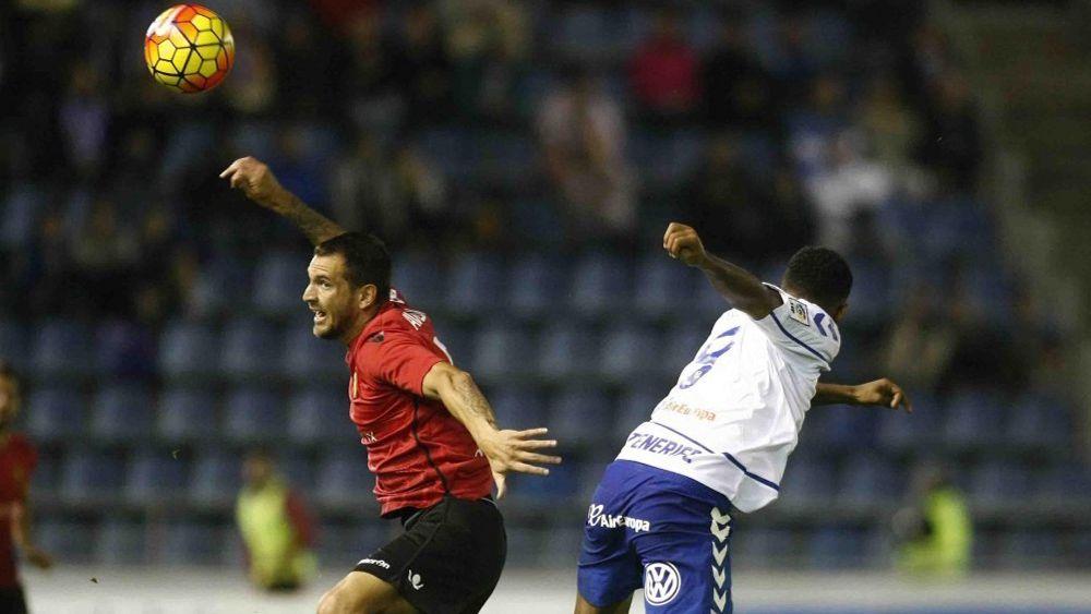 Lucas Aveldaño se define como un jugador regular y con buen juego aéreo
