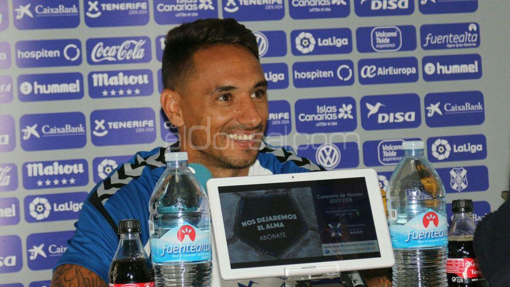 """Suso: """"El CD Tenerife necesita volver a ser ese equipo sólido de la temporada pasada"""""""
