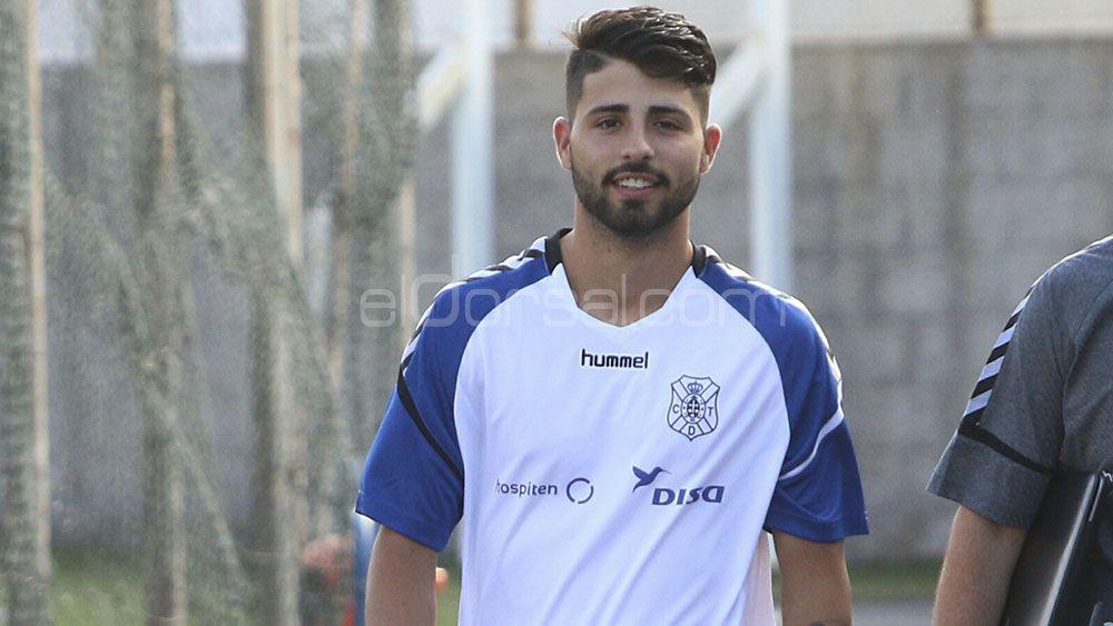 Brian Martín no viaja con el CD Tenerife a Oviedo