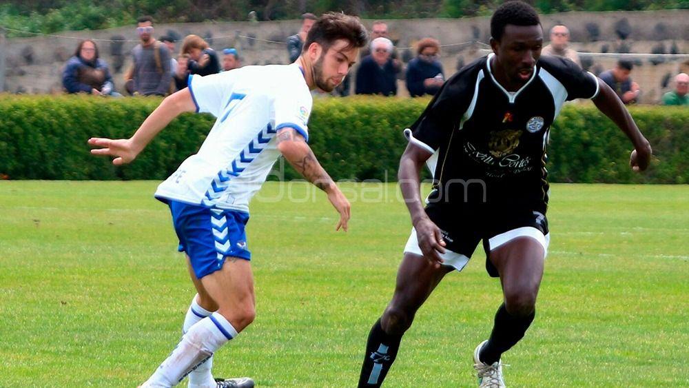 En Melilla ven a Santi Luque jugando en Segunda