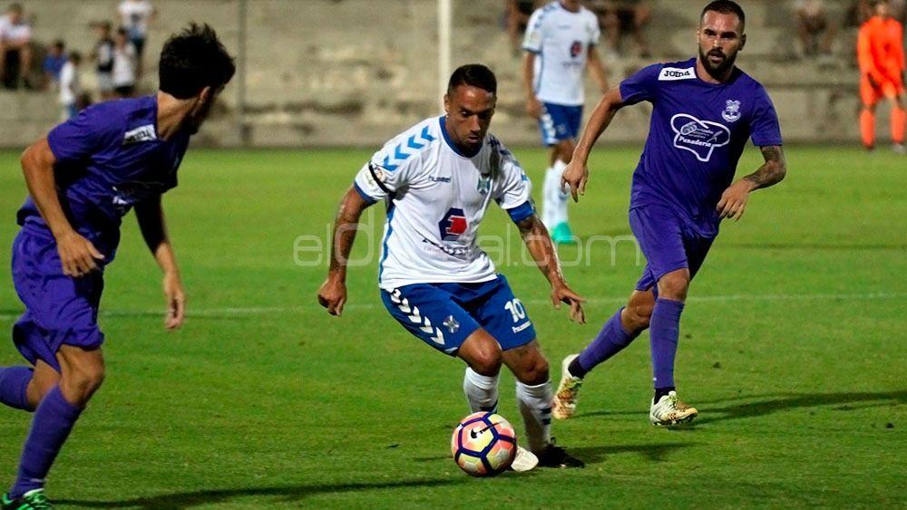 El CD Tenerife confirma tres rivales de la pretemporada 18-19