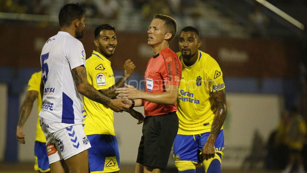 Se confirma el horario de la VII Copa Mahou que medirá a UD Las Palmas y CD Tenerife