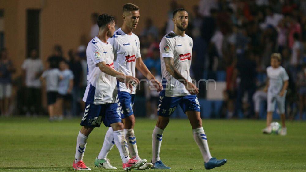 Un CD Tenerife romo en ataque cae en su último test de pretemporada ante el Deportivo de La Coruña
