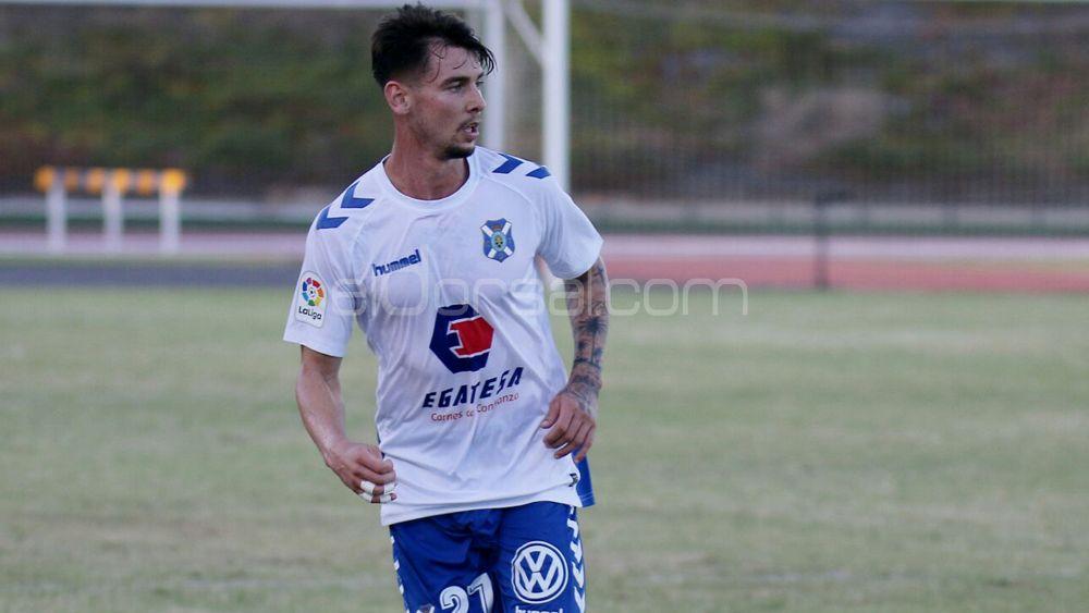 La afición del CD Tenerife ya ha decidido el once que pondrían ante el CD Lugo