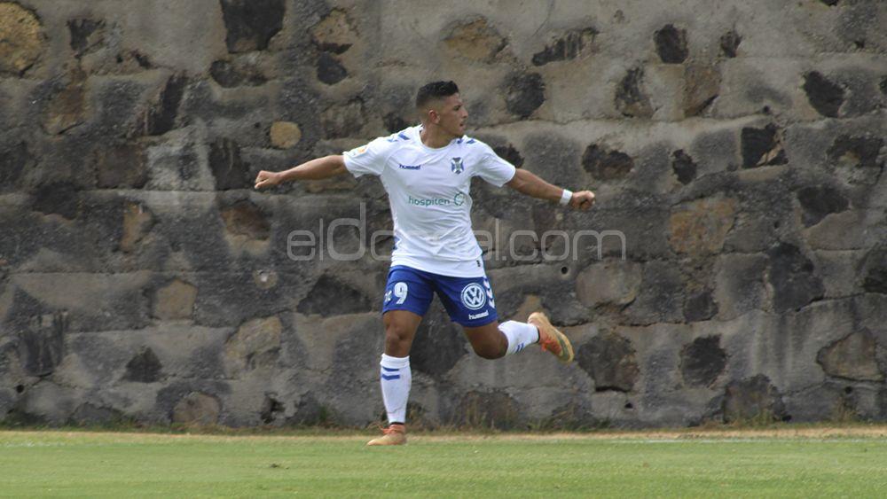 Marwan mantiene al CD Tenerife B sin derrotas