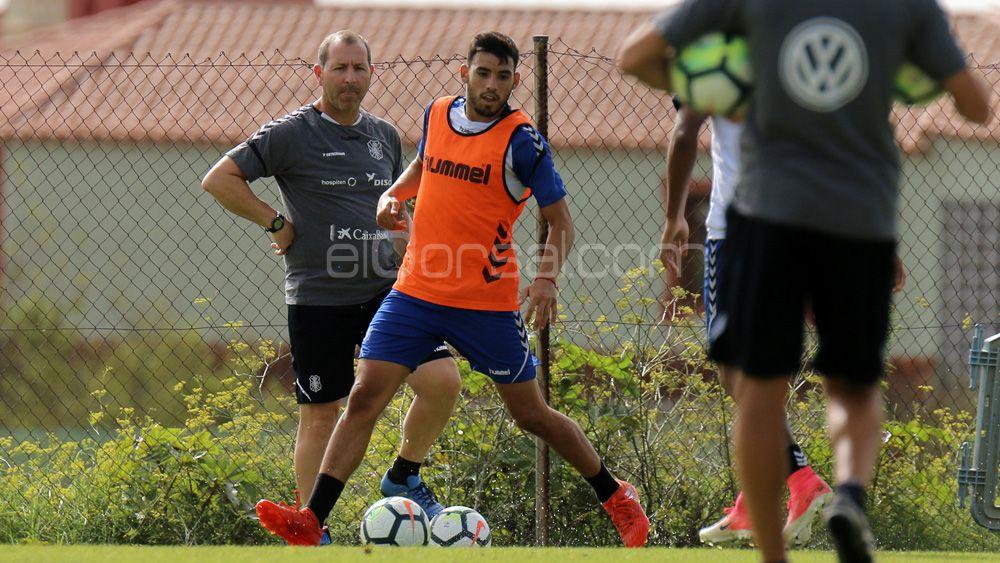 Nadjib deja el CD Tenerife para irse cedido al Real Murcia