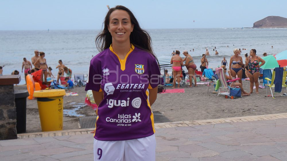 """Paloma Lázaro: """"La UDG Tenerife se ha reforzado muy bien, el objetivo es dar un poco de miedo"""""""