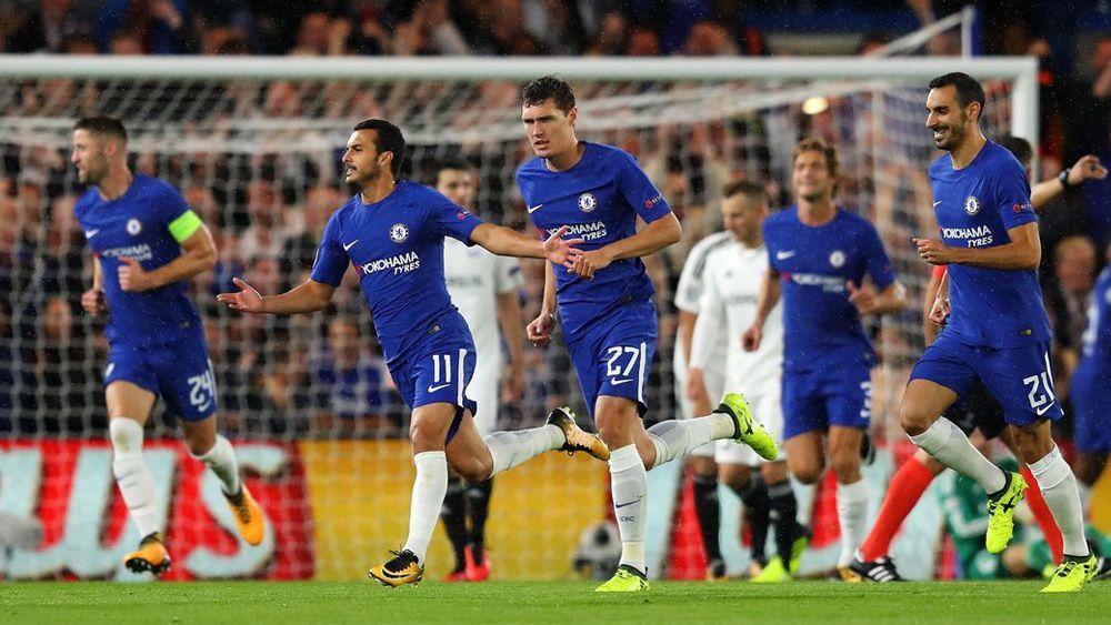 Pedro arranca la Champions League 17-18 anotando un golazo por la escuadra