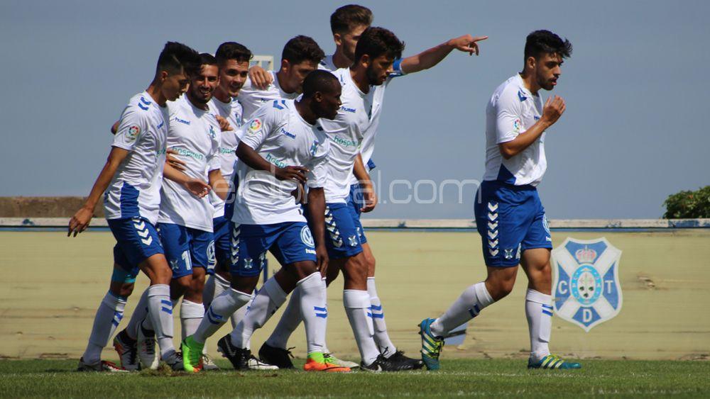 El CD Tenerife B se lleva los tres puntos en un intenso partido ante el Santa Brígida