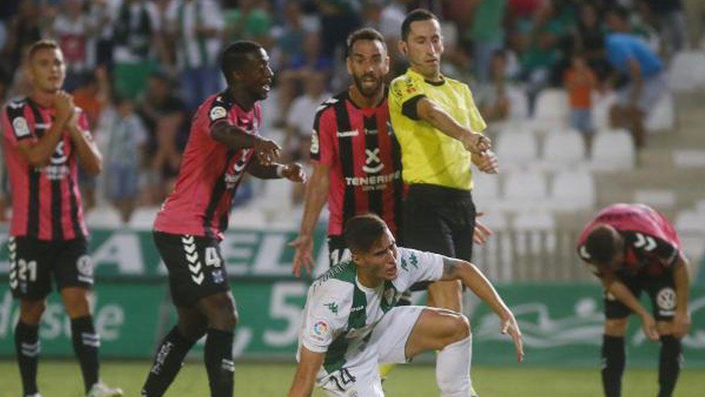 Análisis uno por uno de los jugadores del CD Tenerife frente al Córdoba CF
