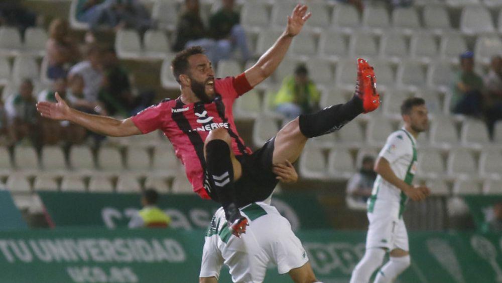 El CD Tenerife sale por primera vez de la zona playoff