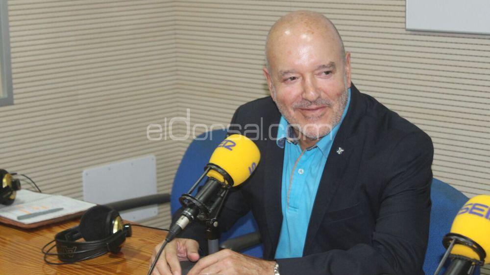 """Concepción: """"No debería haber problemas para que Etxeberría continúe en el CD Tenerife"""""""