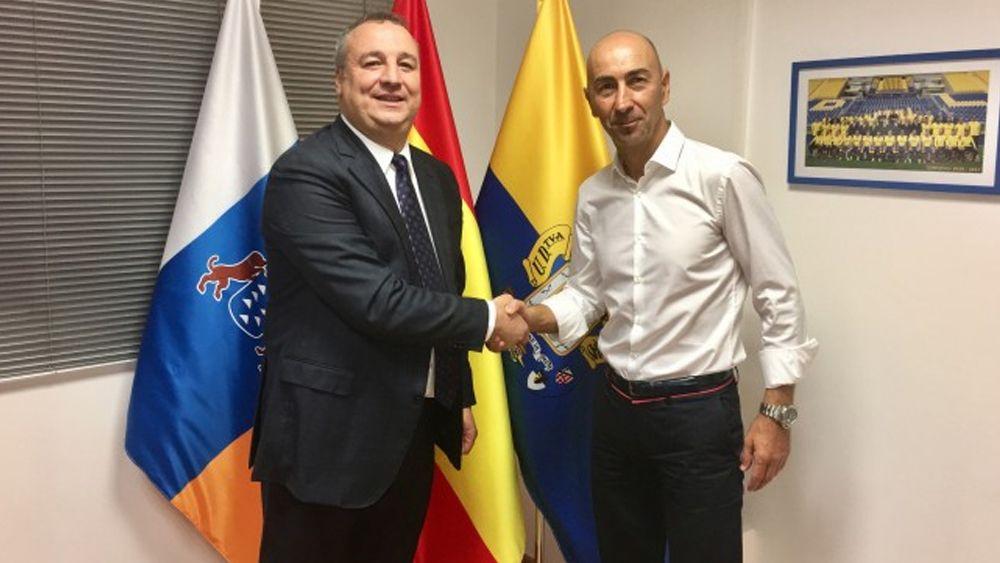 El ex del CD Tenerife Pako Ayestarán recala en la UD Las Palmas