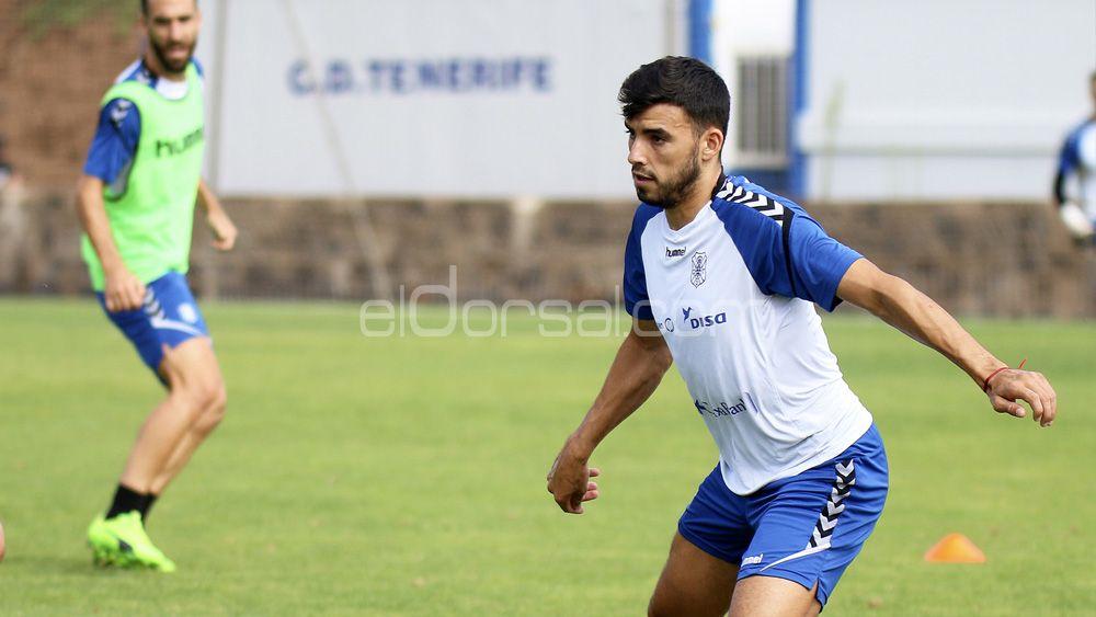 El futuro inmediato del jugador del CD Tenerife Nadjib, en el aire