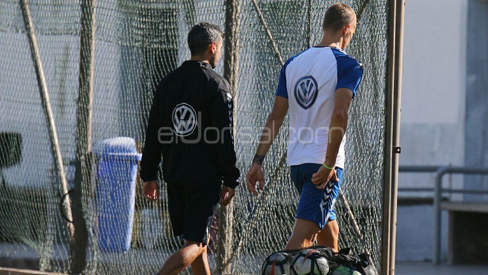 El goleador del CD Tenerife Samuele Longo sufre una microrrotura muscular