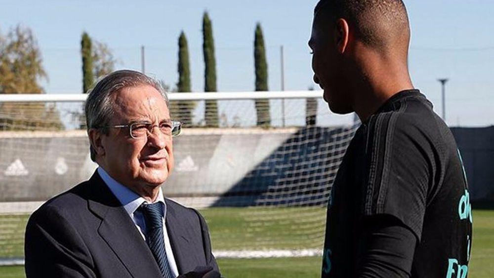 El tinerfeño Moha Ramos recibe la visita de Florentino Pérez