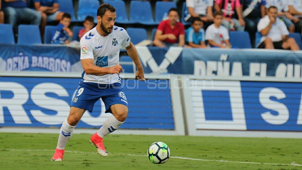 Filip Malbasic, elegido mejor jugador del CD Tenerife frente al Nástic