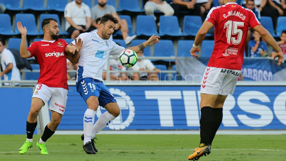 El uno por uno de los jugadores del CD Tenerife contra el Nástic