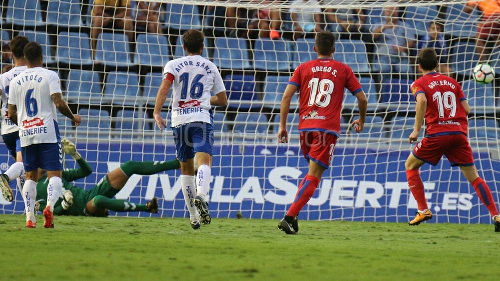 El CD Tenerife ha encajado fuera de casa desde la tercera jornada