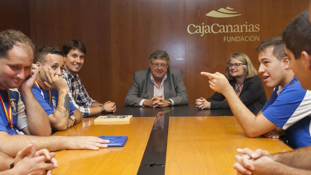 La Fundación CajaCanarias homenajea a la Escuela de Fútbol Sala Adaptada del Iberia Toscal