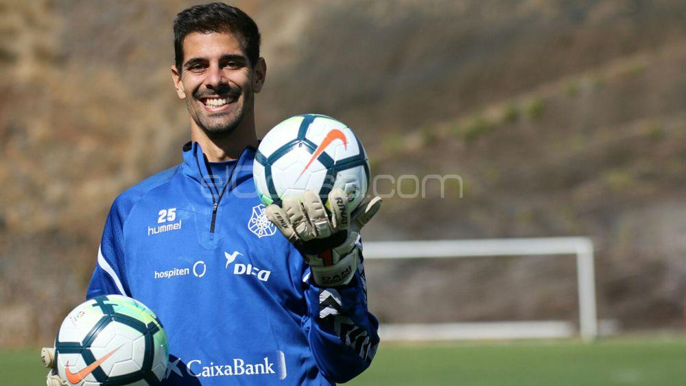 """Dani: """"El CD Tenerife no está ganando fuera de casa, pero está compitiendo bien"""""""
