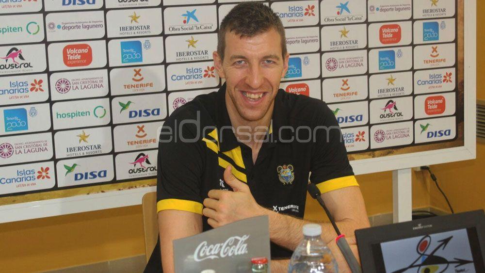 """Fran Vázquez: """"Disfruto de mi trabajo, me da igual meter 20 puntos o 2"""""""