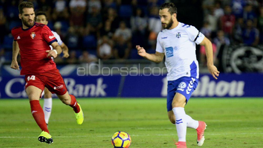 El CD Tenerife se mantiene fuera del playoff tras sumar su cuarto empate consecutivo