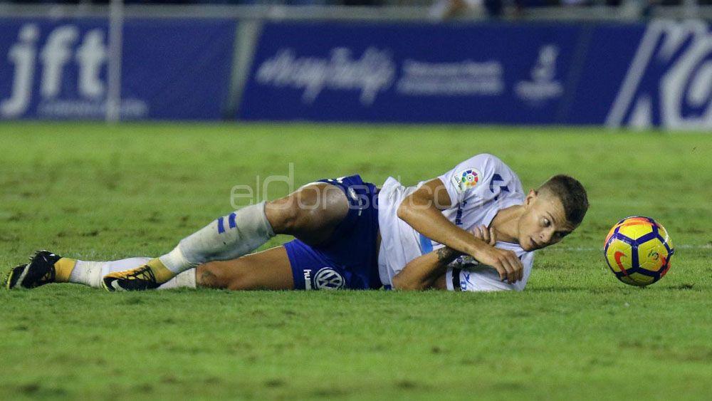 La delantera del CD Tenerife, gafada por las lesiones